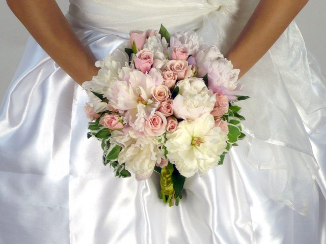 Bridal n Wedding - Bridal Bouquet II - A0754 Photo