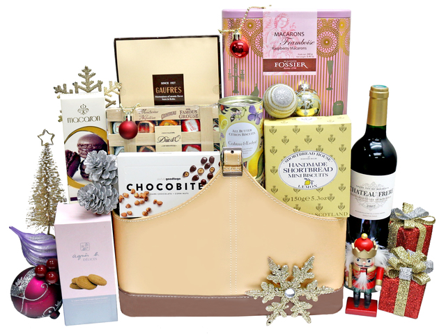 Christmas Gift Hamper - Christmas Gift Basket S42 - L36667015 Photo
