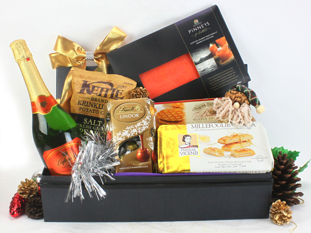 Christmas Gift Hamper - Christmas Gift Hamper 5 - L53983 Photo