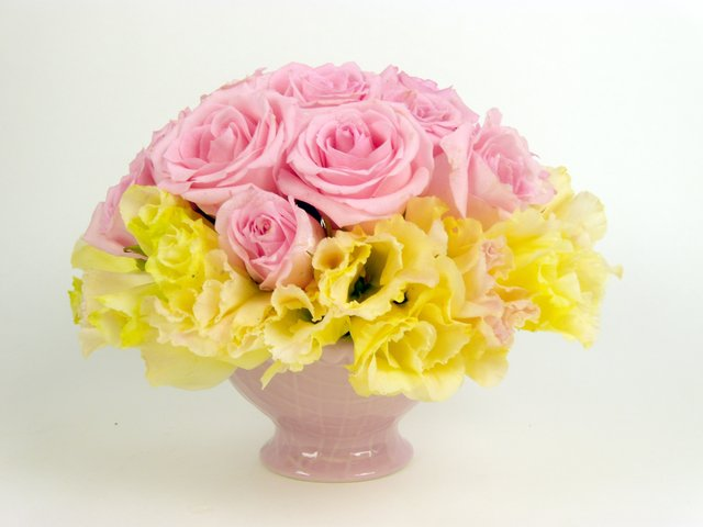 Florist Flower Arrangement - Wedding Decor (F) - P9076 Photo