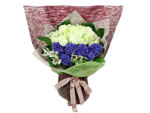 Florist Flower Bouquet - Dash of Olive Bouquet - L06889 Photo