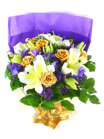 Florist Flower Bouquet - Gold Plated Roses with Lilies - L39419 Photo