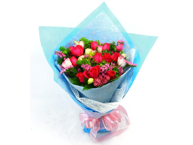Florist Flower Bouquet - Roses Bouquet Q8 Bouquet - L19713 Photo