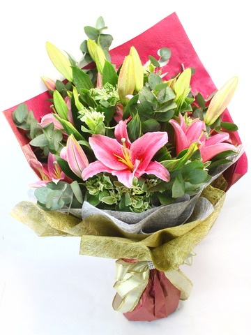 Florist Flower Bouquet - Sorbonne Lilies Bouquet - L27476 Photo