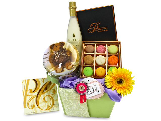 Florist Gift Set - Flower and Food Set / Birthday Gift 19 - L32925 Photo