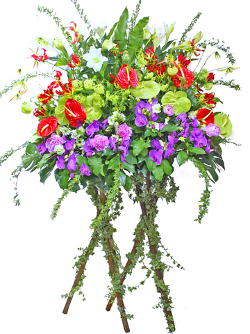 Flower Basket Stand - double flower basket - L06824 Photo