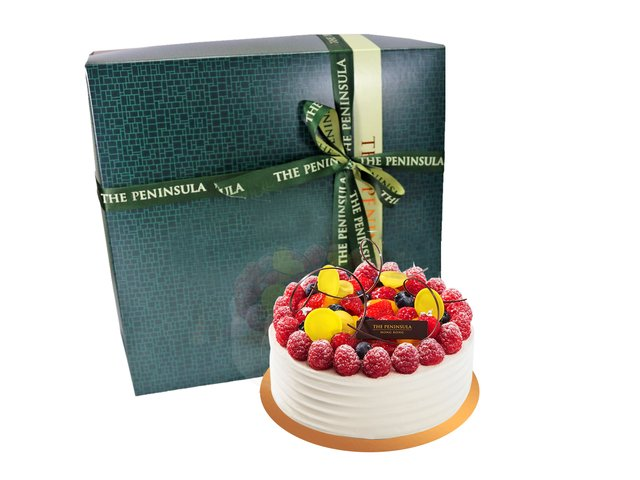 Fresh Cake - HK Peninsula Hotel - Fresh Fruit Cream Cake - L36667811a Photo