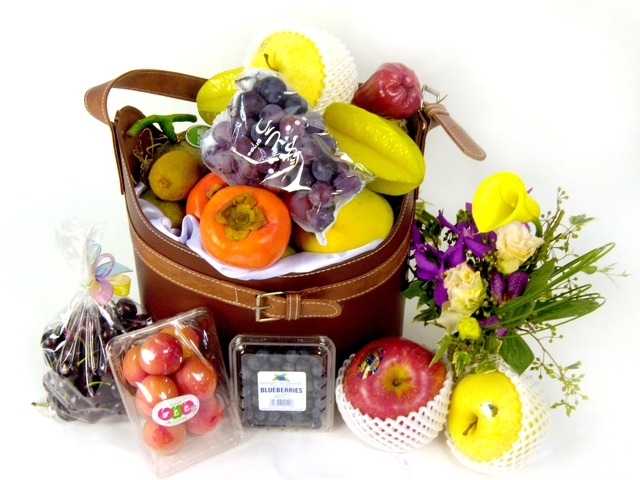 Fruit Basket - Elegant Fruits Hamper B2 - P16308 Photo