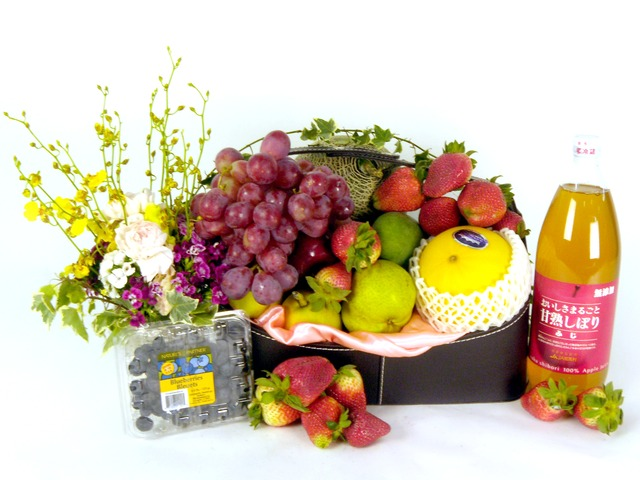 Fruit Basket - Fruits and Juice (A) - P15591 Photo