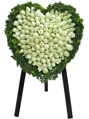 Funeral Flower - Full Closed Heart Stand 21 - L65131 Photo