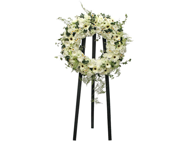 Funeral Flower - Funeral Wreath 8 - L104435 Photo