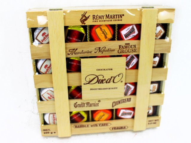 Gift Accessories - Belgium Ducd'O liquer chocolate  - L11382 Photo