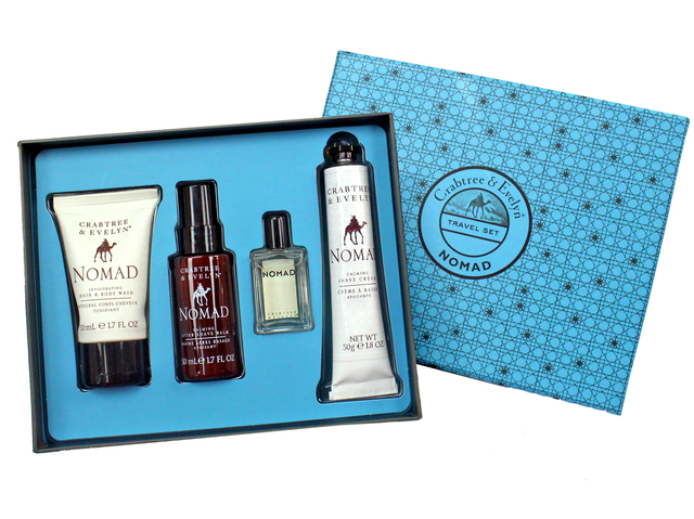 Gift Accessories - Crabtree & Evelyn Nomad Men's Care Set - L3105835 Photo