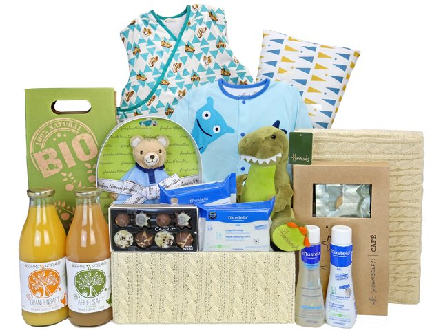 New Born Baby Gift - Deluxe Baby Hampers Z24 - BY0228A1 Photo