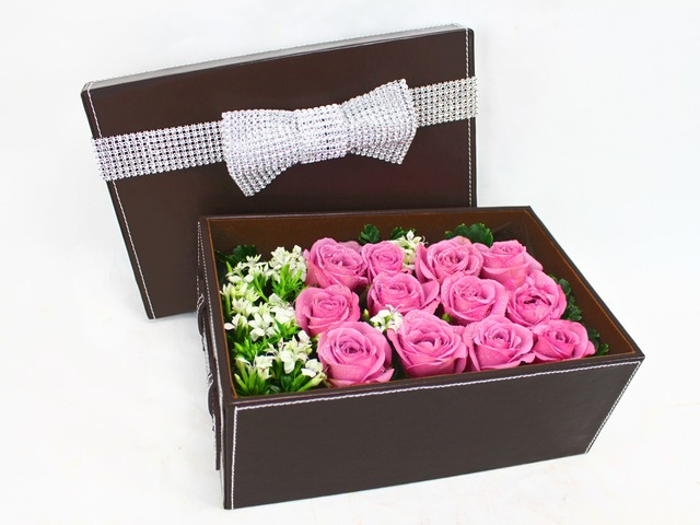 Order Flowers in Box - Simple Surprise - P1477 Photo