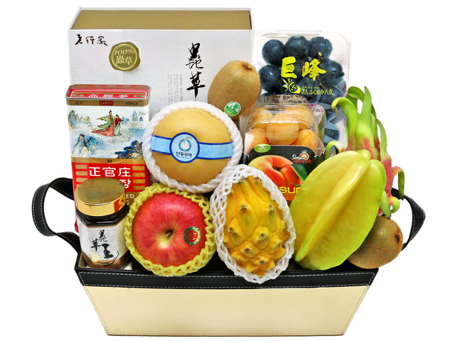 Wine n Food Hamper - Delux recovery gift basket - L76602326 Photo