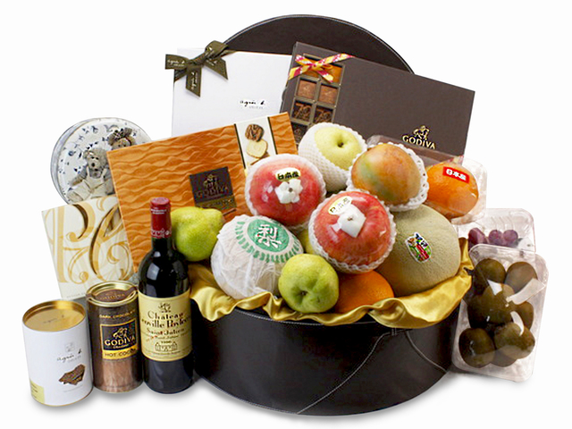 Wine n Food Hamper - Deluxe Wine Gift Hamper (H1) - L80482 Photo