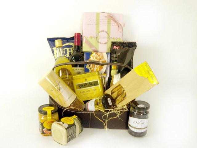 Wine n Food Hamper - English style (A) - P16043 Photo