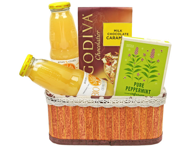 Wine n Food Hamper - Gift Hamper A1 - L76607036 Photo
