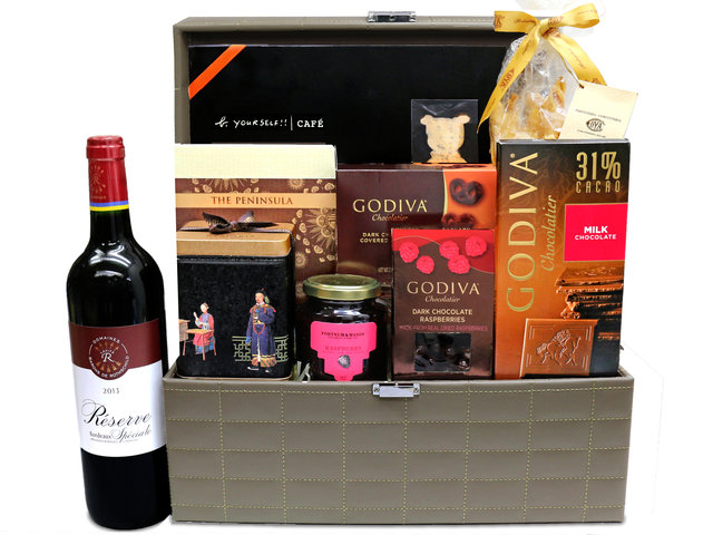 Wine n Food Hamper - Gift Hamper G31 - L36670194 Photo