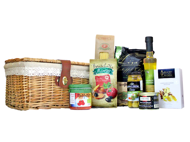 Wine n Food Hamper - Home Comfort Westen Hamper 1 - L3097220 Photo