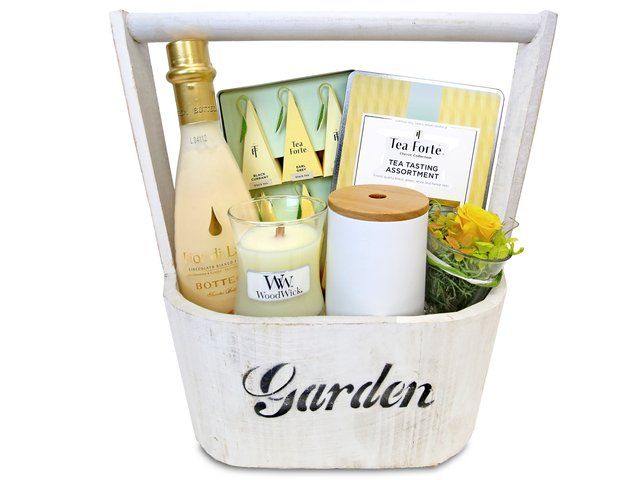 Wine n Food Hamper - Relax gift basket R9 - EB0428A1 Photo