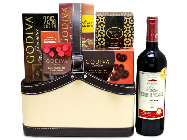 Wine n Food Hamper - Wine food hamper G12 - L76603098b Photo