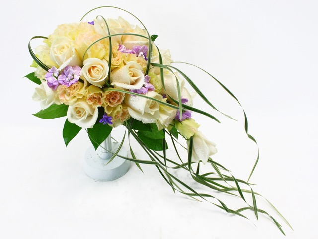 Bridal n Wedding - Wedding Bouquet 18 - L20322 Photo