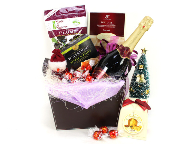 Christmas Gift Hamper - 2009 Gift Hamper 1 - A2196 Photo