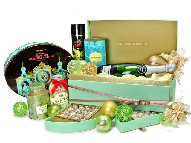 Christmas Gift Hamper - Fortnum & Mason Christmas Hamper M11 - L76603533 Photo