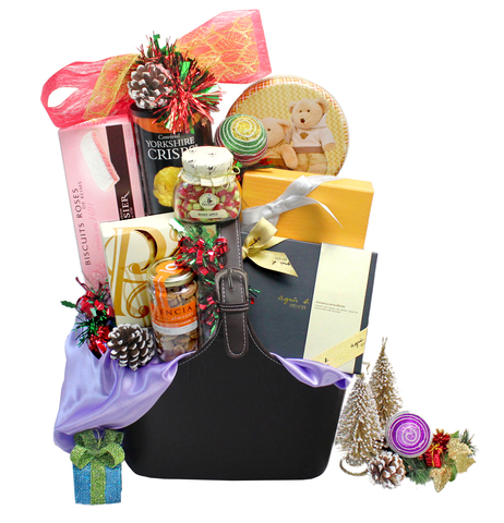 Christmas Gift Hamper - ShopThurPost Christmas Hamper  PE - P104359 Photo