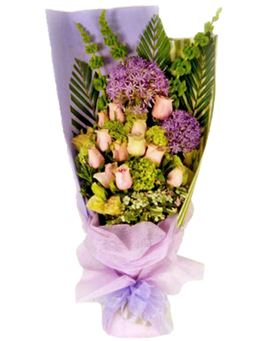 Florist Flower Bouquet - Diana roses Bouquet - L06891 Photo