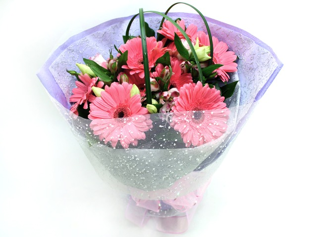 Florist Flower Bouquet - Graduation Flower Bouquet / Gerbera Cheer Bouquet - L06890 Photo