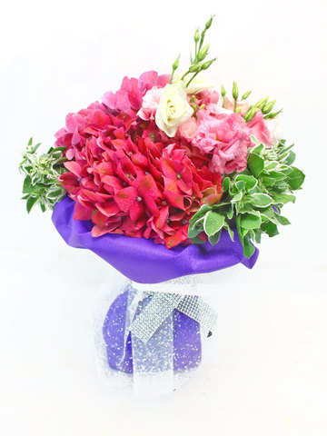 Florist Flower Bouquet - Romance novel's 12 Bouquet - L34669 Photo