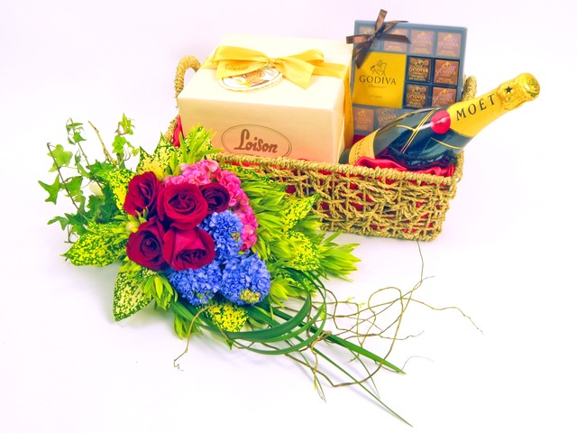 Florist Gift Set - Just the Two of Us (B) - P4222 Photo