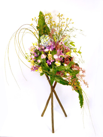 Flower Basket Stand - Radiant Stand - P18564 Photo