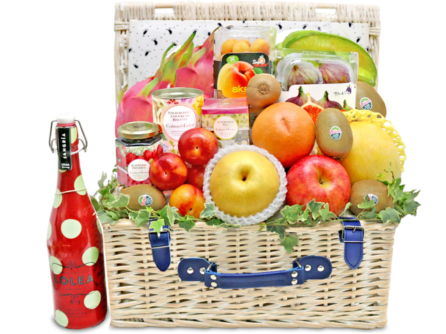 Fruit Basket - Crabtree fruit gift basket G25 - L76602548 Photo