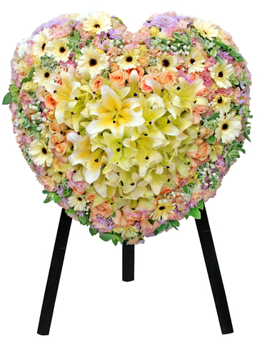Funeral Flower - Full Closed Heart Stand 26 - L136081 Photo