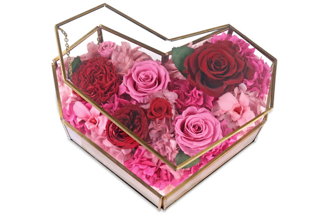Preserved Forever Flower - Love Actually Preserved Flower Box M46 - L45000082 Photo