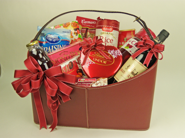 Wine n Food Hamper - Delectable Selection (F) - P1955 Photo