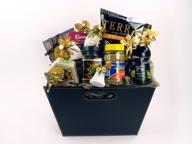 Wine n Food Hamper - Delectable Selection (H) - P3432 Photo
