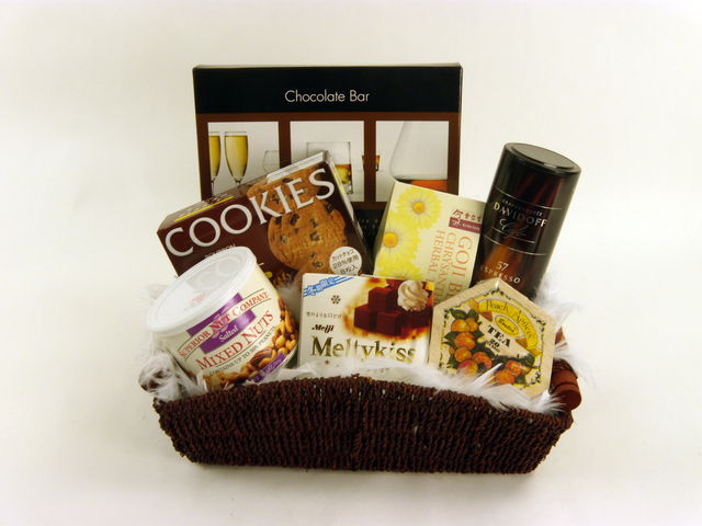 Wine n Food Hamper - Delectable Selection (J) - P4578 Photo