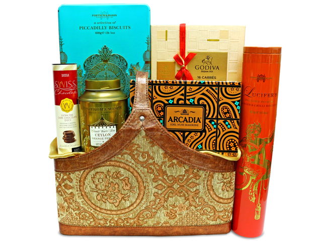 Wine n Food Hamper - Diwali premium hamper 9 - L36669442 Photo
