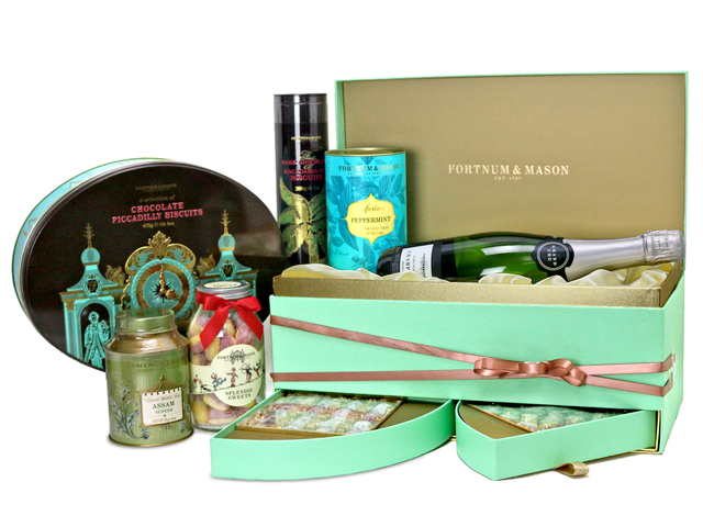 Wine n Food Hamper - Fortnum & Mason Hamper B - L76603521 Photo
