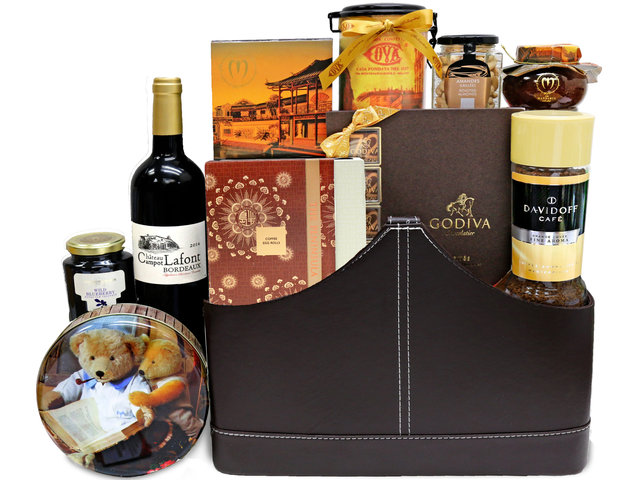 Wine n Food Hamper - Gift Hamper G32 - L36670219 Photo
