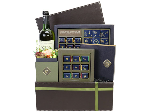 Wine n Food Hamper - Maison XXII Gift Hampers M1 - HR0801A5 Photo