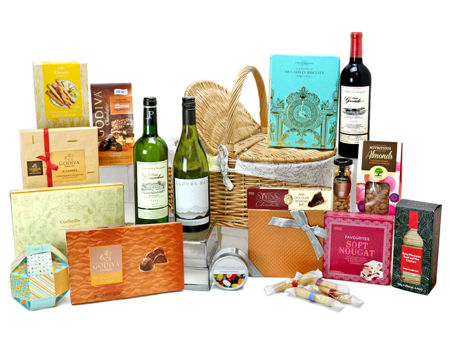 Wine n Food Hamper - Picnic Gift Hamper G33 - L76603951b Photo