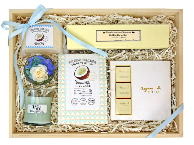 Wine n Food Hamper - Relax gift box R10 - RH0613A6 Photo
