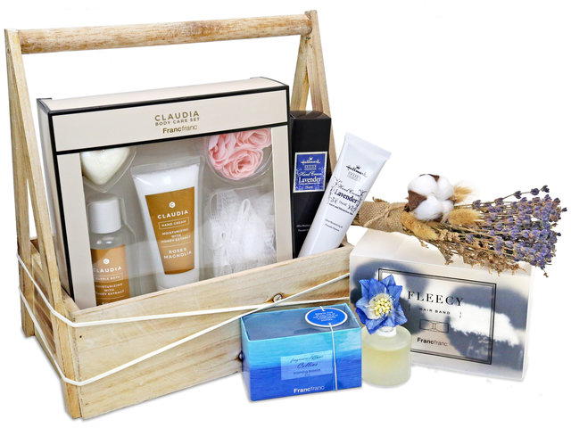 Wine n Food Hamper - Skin Care gift basket R12 - SE0126A9 Photo