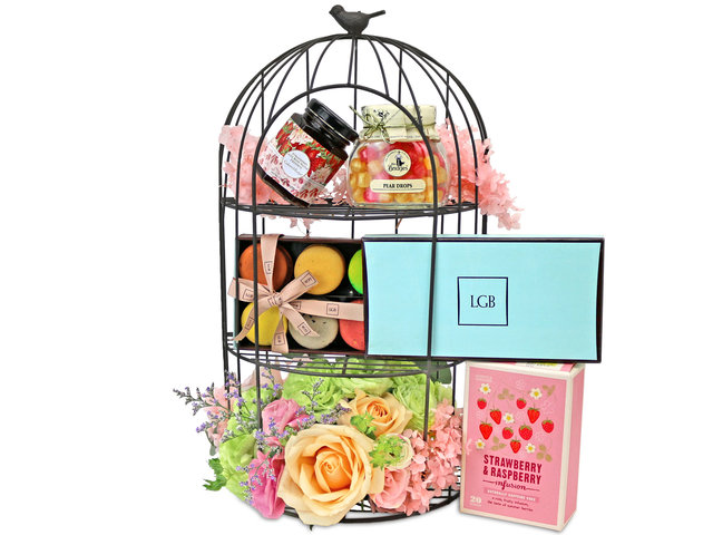 Wine n Food Hamper - The birdcage gift collection A - L76606493 Photo